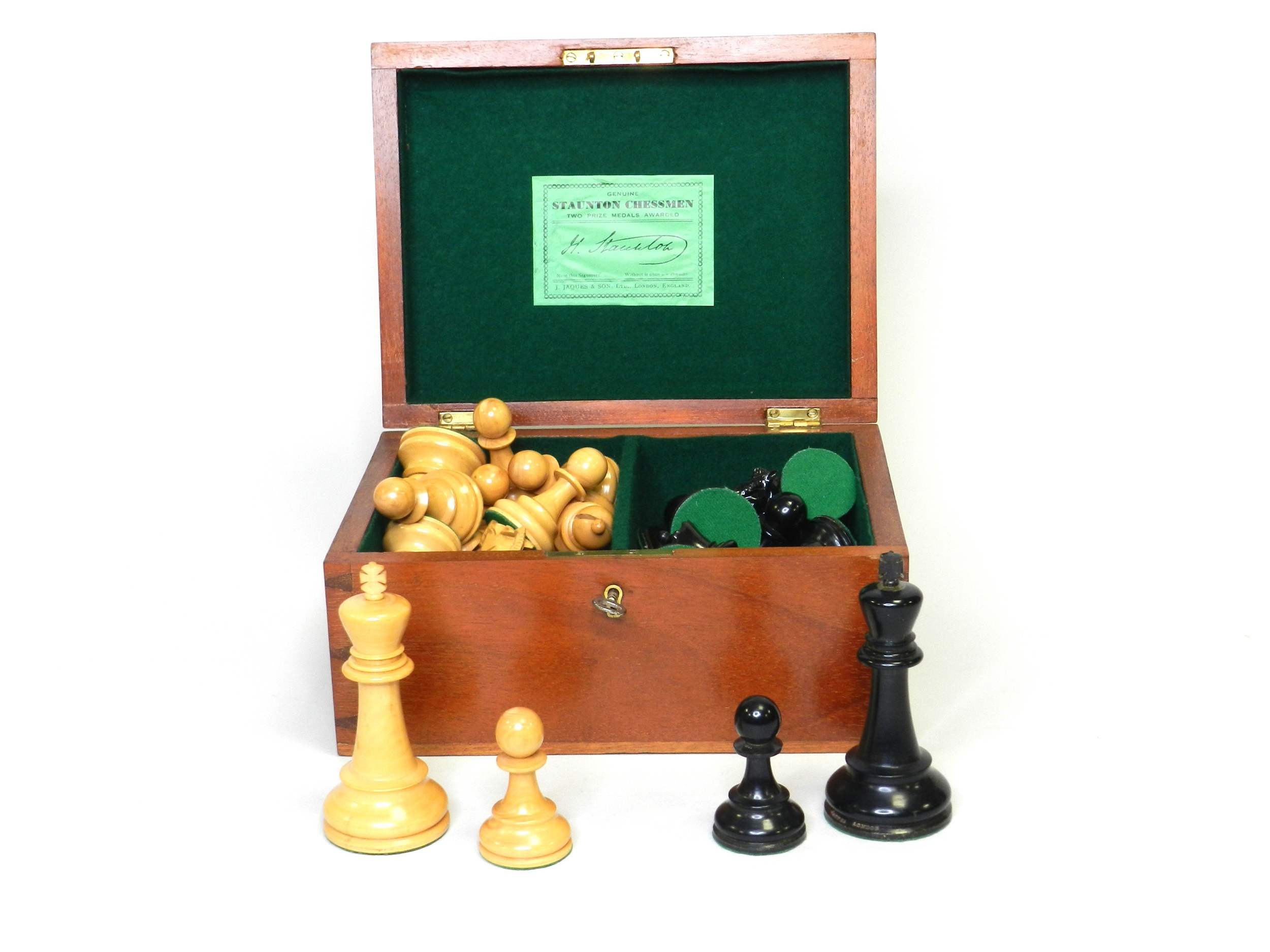 An early 20th century Jacques, Staunton pattern, boxwood and ebonised weighted chess set Halls Fine Art