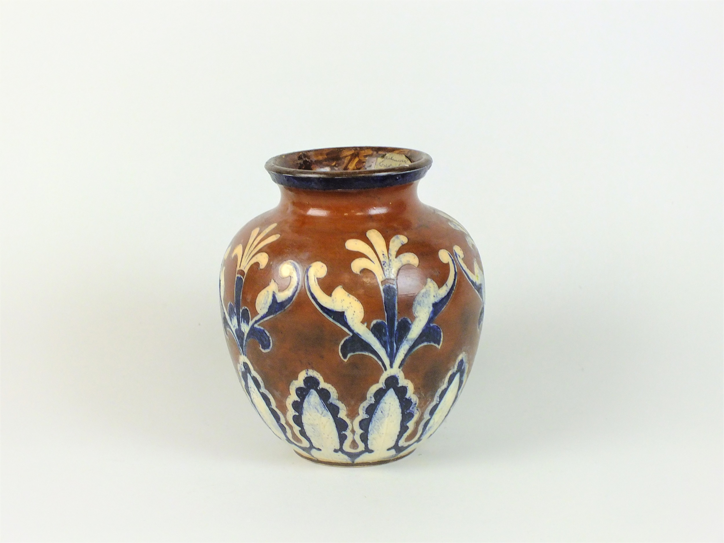 Martin Brothers vase Christmas Auction