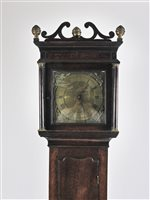 527 - A George III oak cottage longcase clock