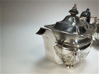 Lot 16 - A silver teapot and sugar bowl
