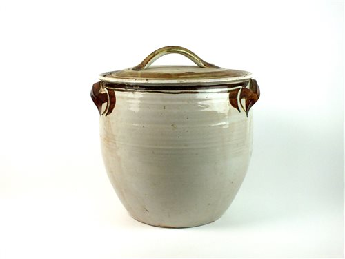 Lot 33-A large jar and cover by Alan Caiger-Smith