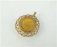 Lot 147-A sovereign set pendant