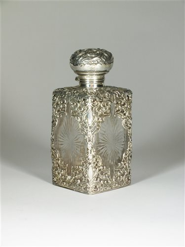 Lot 10-A sillver mounted square perfume jar