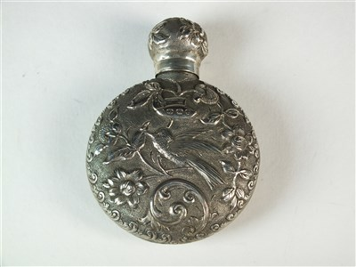 Lot 73 - A Victorian silver scent bottle