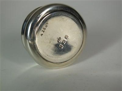 Lot 81-An Edwardian silver and tortoiseshell pill box