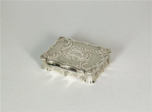 Lot 84-A Victorian silver vinaigrette