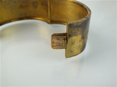 Lot 169-A Victorian yellow metal hinged bangle