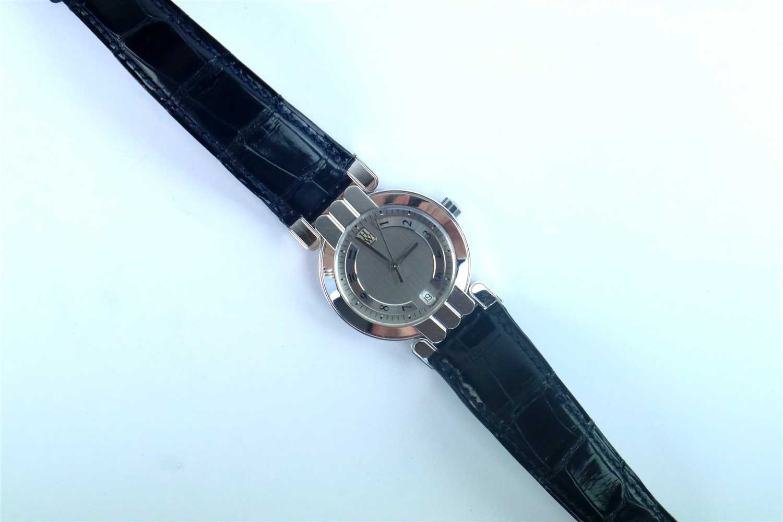 247 - A Gentleman's 18ct White Gold Harry Winston Premier Wristwatch