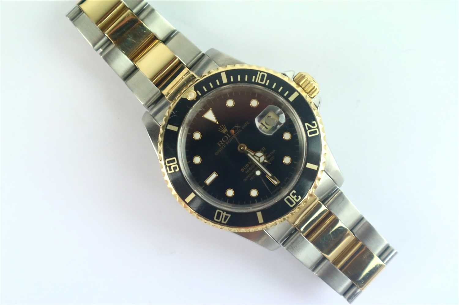 242 - A Gentleman's Rolex Submariner Wristwatch Ref. 16613