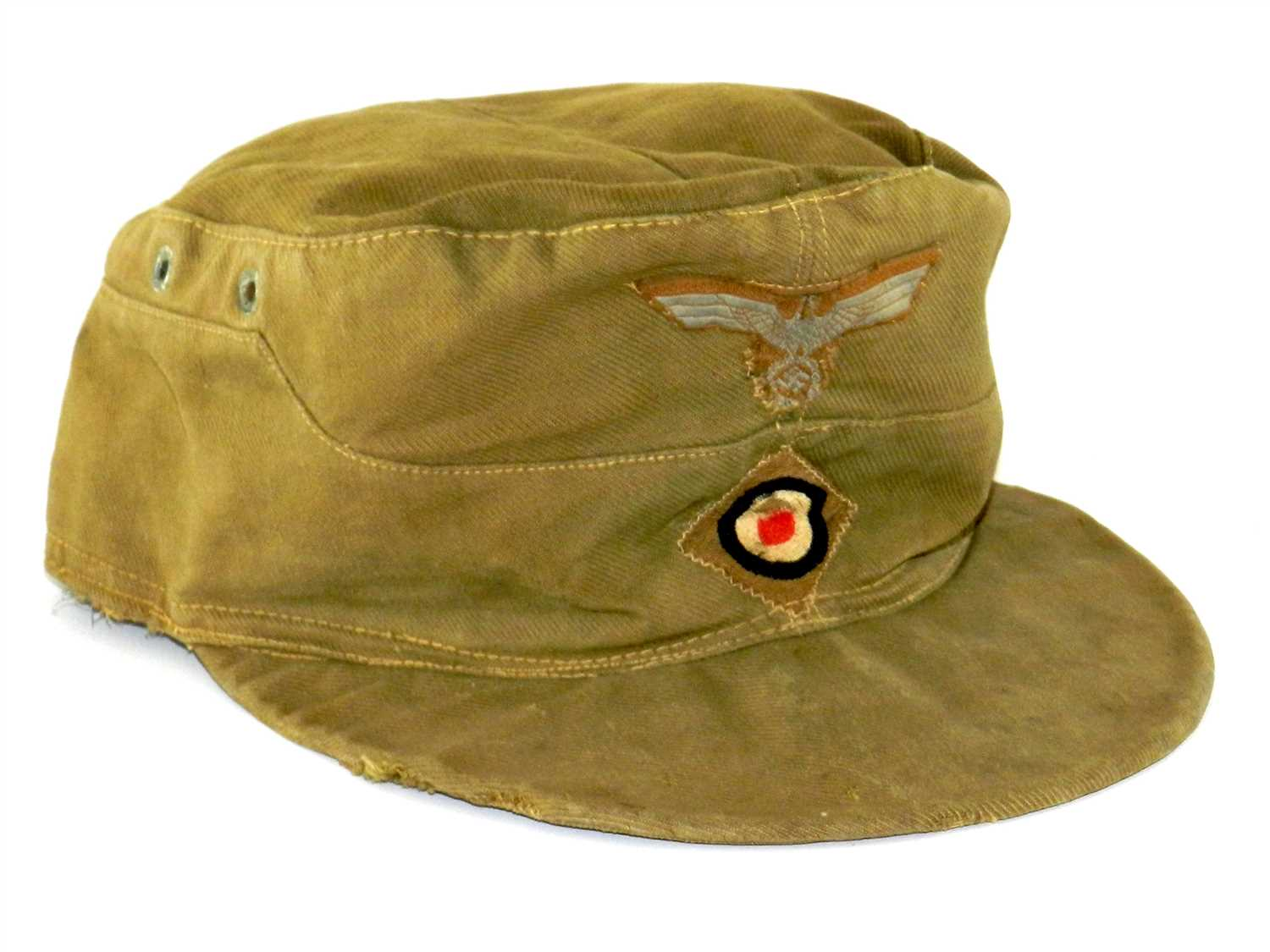 518 - A German WWII Afrika Korps Tropical or 'Oveaseas' cap