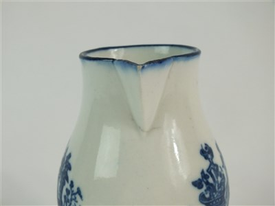 Lot 60 - A Caughley sparrow beak cream jug