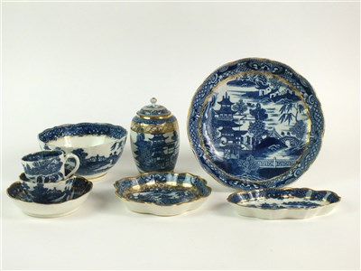 Lot 53 - Eight pieces of Caughley porcelain