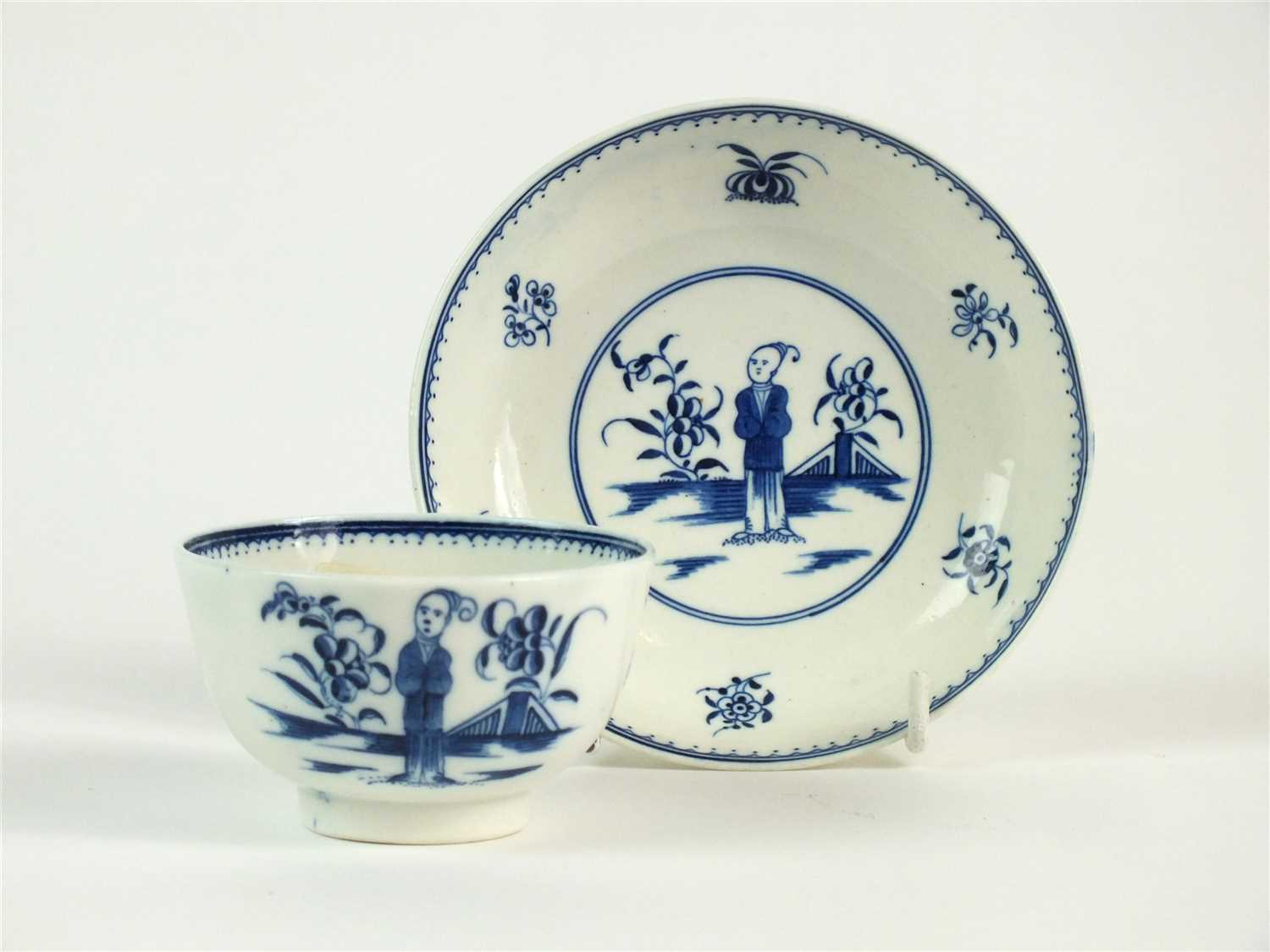 Lot 12-A Caughley 'Waiting Chinaman' tea bowl and saucer