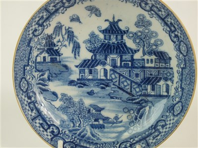 Lot 22-A group of New Hall porcelain