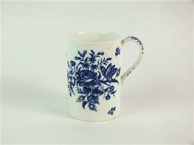 Lot 31 - A large Coalport blue and white mug