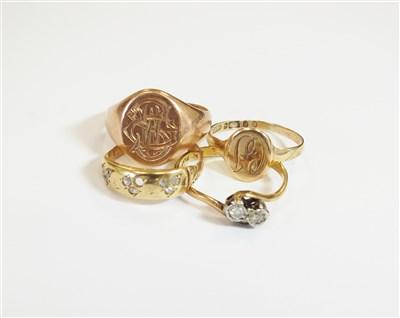 Lot 29-Four rings