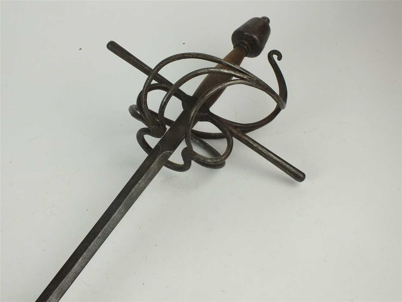 256 - Early 17th century North-European swept-hilt rapier