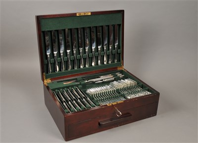 Lot 66-A comprehensive cased canteen of EPNS cutlery