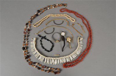 Lot 82-A collection of costume jewellery