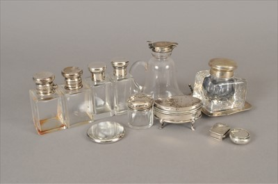 Lot 8-A small collection of silver