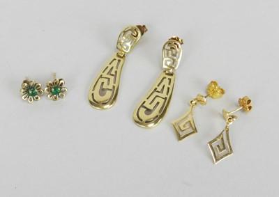 Lot 35 - Three pairs of earrings
