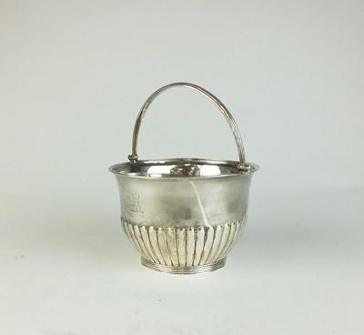 Lot 14 - A George III silver sugar basket