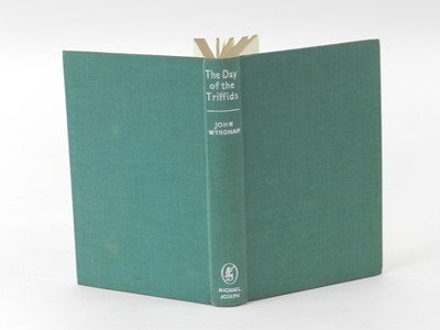 Lot 25 - WYNDHAM, John, The Day of the Triffids, 1st...