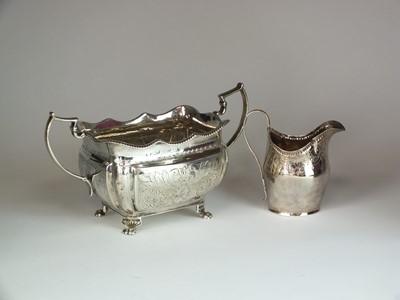 Lot 22 - A silver sugar bowl and cream jug