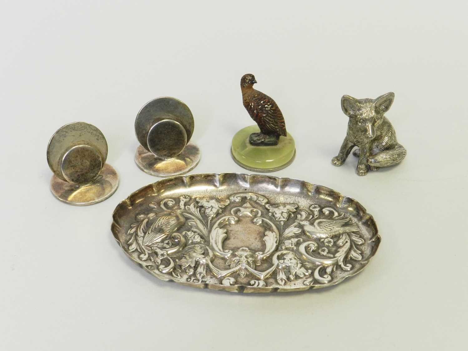 Lot 2 - A collection of silver and plate