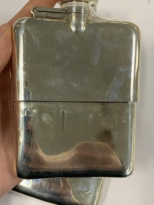 Lot 8 - A George V silver hip flask