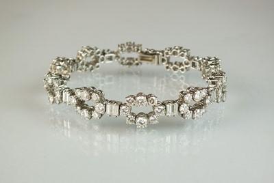 Lot 38 - A diamond bracelet