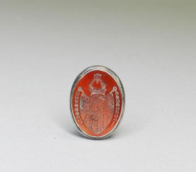 Lot 17 - A Carnelian intaglio desk seal