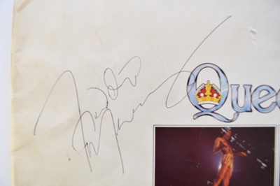 Lot 159 - QUEEN. Album sleeve notes, signed on cover by...