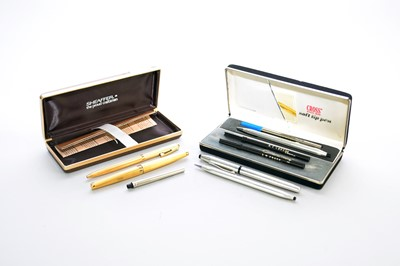 Lot 28 - Two cased sets of pens