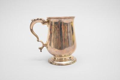 Lot 24 - A George III silver baluster mug