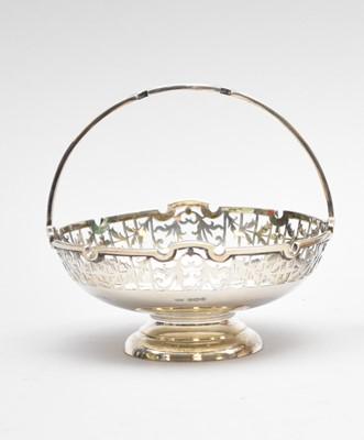 Lot 1 - A silver pedestal bon bon basket