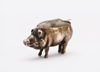 Lot 15 - An Edwardian novelty silver pin cushion in the form of a pig